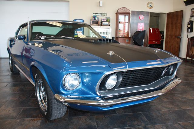 1969 Ford Mustang blue_18