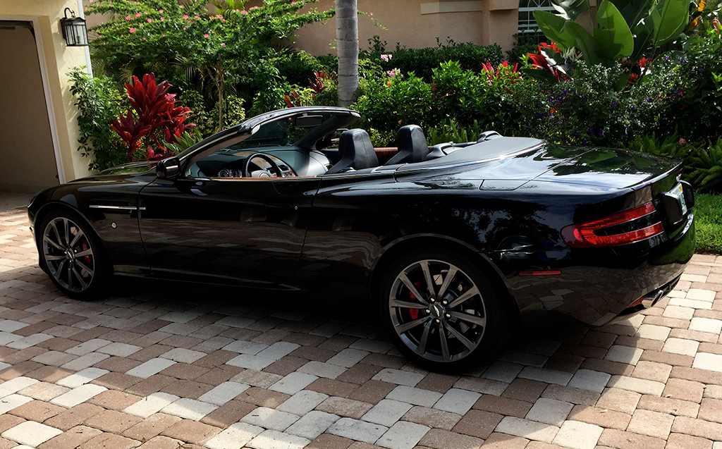 2006-Aston-Martin-DB9-black-11