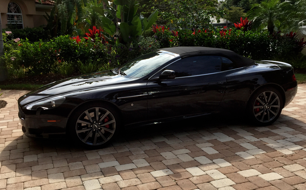 2006-Aston-Martin-DB9-black-4