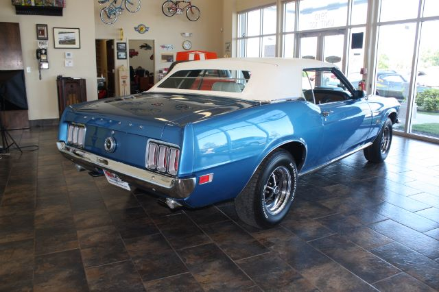 1970 Ford Mustang Convertible blue vintage-16