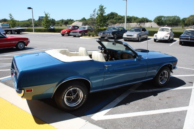 1970 Ford Mustang Convertible blue vintage-28